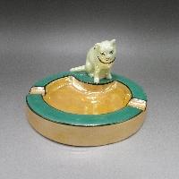 猫フィギュア付灰皿