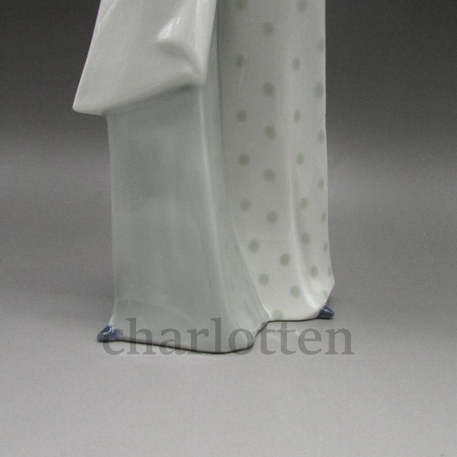 コルテンドルフの磁器人形 [ u5344-5 ]