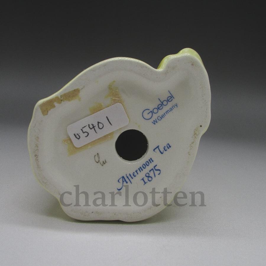 ゲーベルの磁器人形 [u5400-16 ]